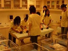キッザニア『病院』の育児現場の風景
