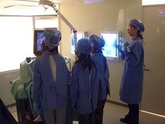 キッザニア『病院』の手術現場の風景